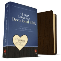 ANGLAIS, BIBLE NLT, THE LOVE LANGUAGES DEVOTIONAL BIBLE - WITH RELATIONSHIP INSIGHTS FROM GARY CHAPMAN